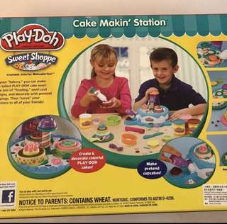 PlayDoh Cake bake Station