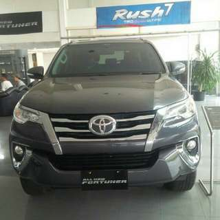 Ready fortuner vrz sporty 2017