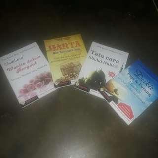 Buku2 adab dlm agama