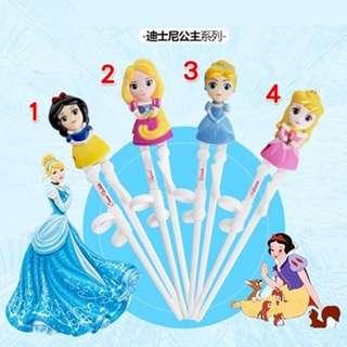 正品 新款 迪士尼 卡通 3D 右手 學習筷 兒童嬰童訓練益智筷餐具學習筷