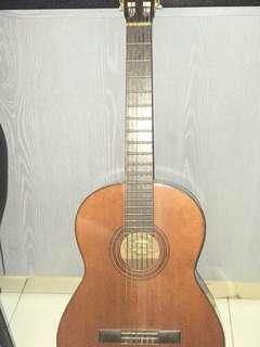USED YAMAHA G-55A CLASSICAL GUITAR