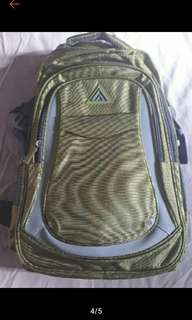 Travel Basic Medium Backpack