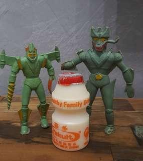 Vintage 70's-80's plastic figures