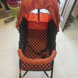 Mamalove Stroller ( bought in 2017, rarely use , in good condition)