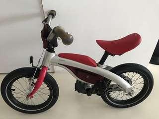 Preloved BMW kidsbike (balance bike + regular bicycle 2 in 1)