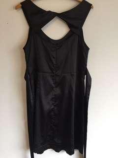 Black dress size 10