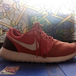 Nike Roshe Run (sz11.5)
