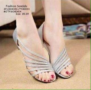 Fashion sandals size : 35-39