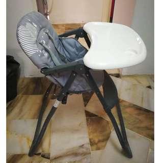 Sweet Cherry Y398 Crosby High Chair (Grey)