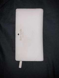 Kate Spade Wallet (white)
