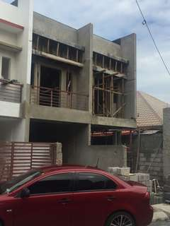 Preselling townhouses in Tandang Sora QC