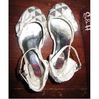 S&H Silver White Glitter Shoes Girls Heels