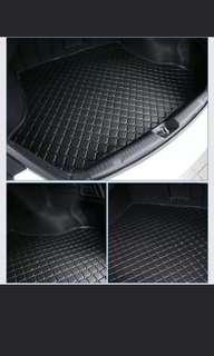 (Pre-order) Black Waterproof car boot mat