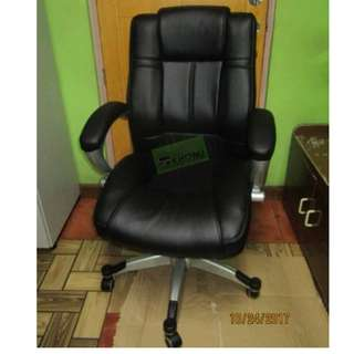 LEATHERETTE EXECUTIVE CHAIRS--KHOMI