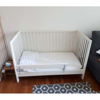 Baby Bed Frame & Mattress