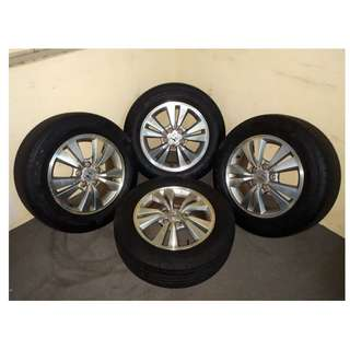 4PCS HONDA ACCORD USED SPORT RIM AND TYRE (215-60X16)