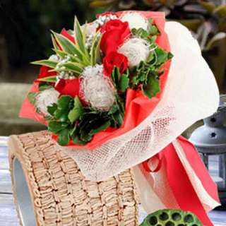 [FREE DELIVERY] 6 Red Roses with Coco-fibre Balls in Net-wrapping Hand-bouquet (035-RR)