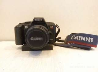 Collectible Antique Canon DSLR Film Type Model EOS888