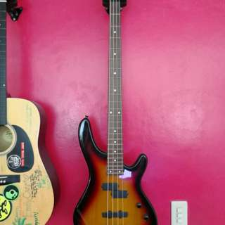 JS Schindler bass, only used once or twice