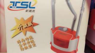 新潮流 多功能雙桿蒸氣掛燙機(TSL-126) /熨燙除皺/殺菌消毒/清潔除塵/熨斗