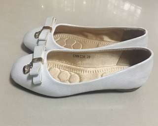 Pre-Loved GIBI doll shoes
