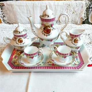 歐洲談情說愛骨瓷大尺寸兒童午茶雙人茶組