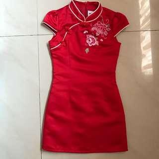 Oriental red dress