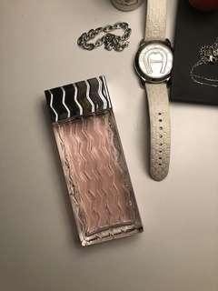 Luv me perfume
