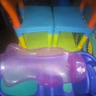 Bundle kiddie table & chair w/ baby bath tub