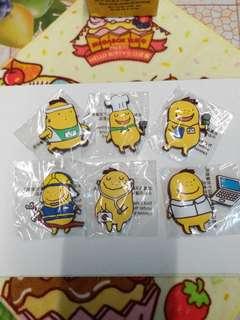 【包郵】全新限量版calbee卡樂B磁貼一套6個