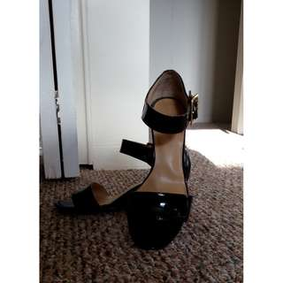 Size: 5 Nine West wedge sandals black patent leather