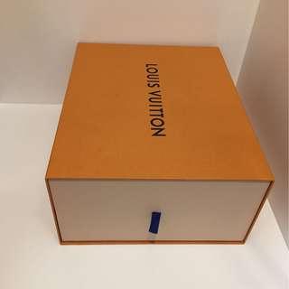LV Box< same size @2 >