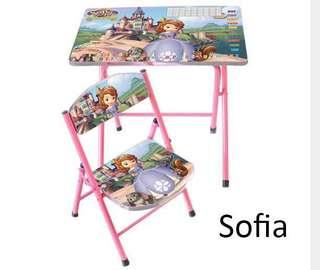 •Kids Table•
