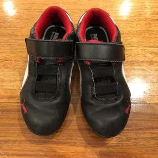 Puma Ferrari Black Rubber Shoes / Sneakers for Boys