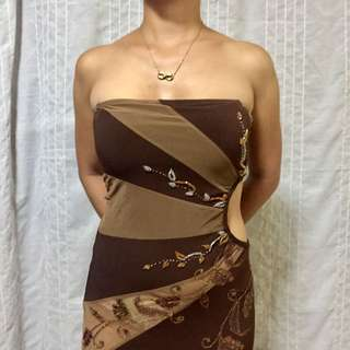 (09) BROWN LONG GOWN