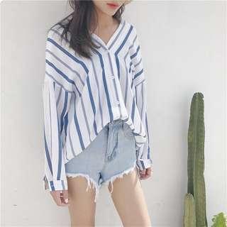 🚚 二手 夏季藍白條紋休閒襯衫