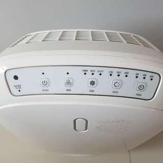 Novita NAP 501 Air purifier ( free new filter pack)