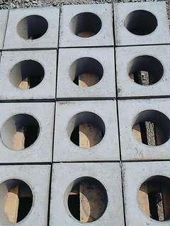 原創 手作 空心磚 一口磚(圓孔) 尺寸19x19x10cm(內直徑11.5cm,壁厚約4cm)可作收納架、花盆、酒架
