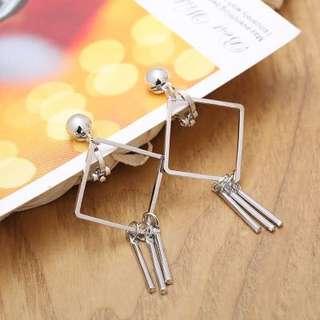 Non piercing diamond shape tassels ear clip (2 colour)