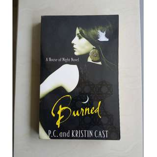(House of Night) Burned by P.C. Cast and Kristin Cast