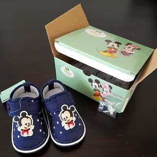 Mickey Stars Squeaker Shoes