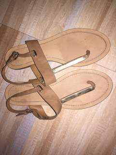 Preloved pull and bear sandals