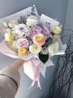Fresh flower bouquet medium