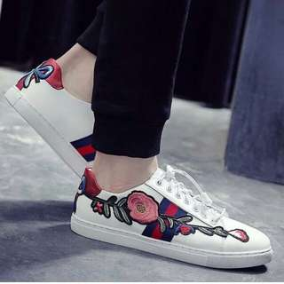 KW GUCI EMBRO FLOWER white