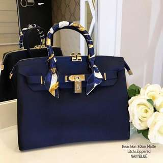 Beachkin bag blue matte zippered 30 cm