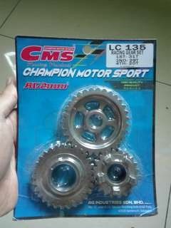 Gearbox cms LC135 4s
