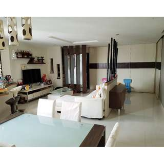 Rare High Floor & Corner unit 5-Room HDB Blk 687D Choa Chu Kang Drive, For Sale