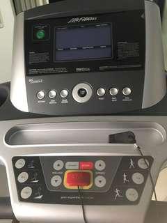 Life Fitness F3 Treadmill