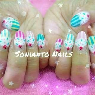 Gel Nails wif Arts