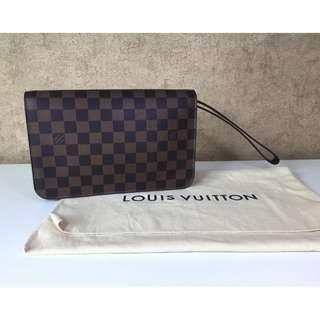 LOUIS VUITTON M51993 SAINT LOUIS CLUTCH